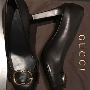 Authentic Gucci heels size 7.5